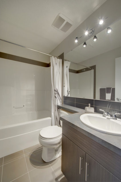 Morrisonhomes Solstice Kennedy Showhome Mainbath 2015