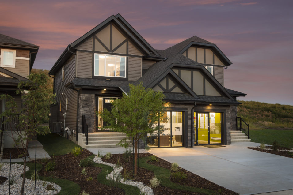 Morrisonhomes Walkersummit Parker Showhome Exterior 2016